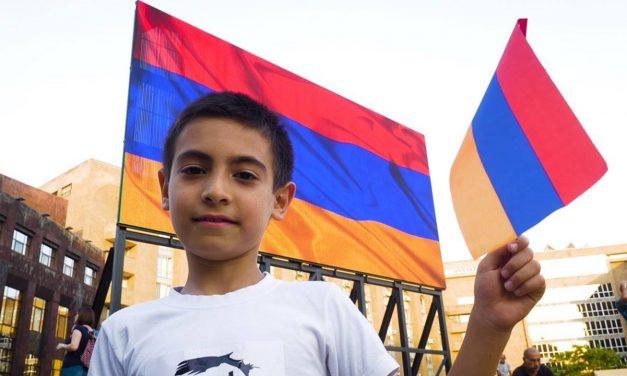 SERJ TANKIAN y el primer ministro de Armenia estrenan una nueva canción: «Hayastane»