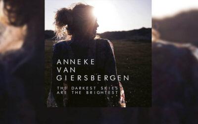 Review: Lo nuevo de ANNEKE VAN GIERSBERGEN es toda una delicia
