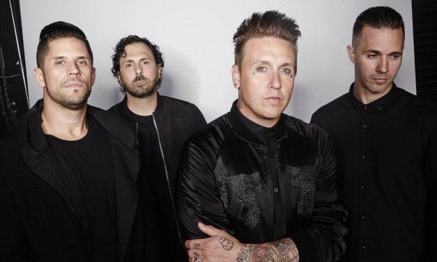 "PAPA ROACH publica el single ""Kill The Noise"""